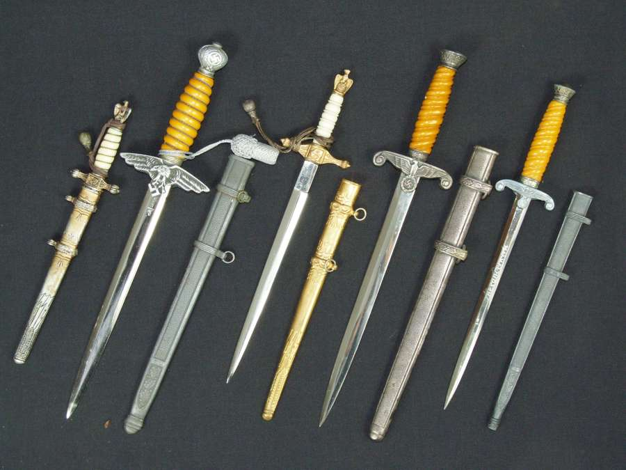 Daggers and fighting knives