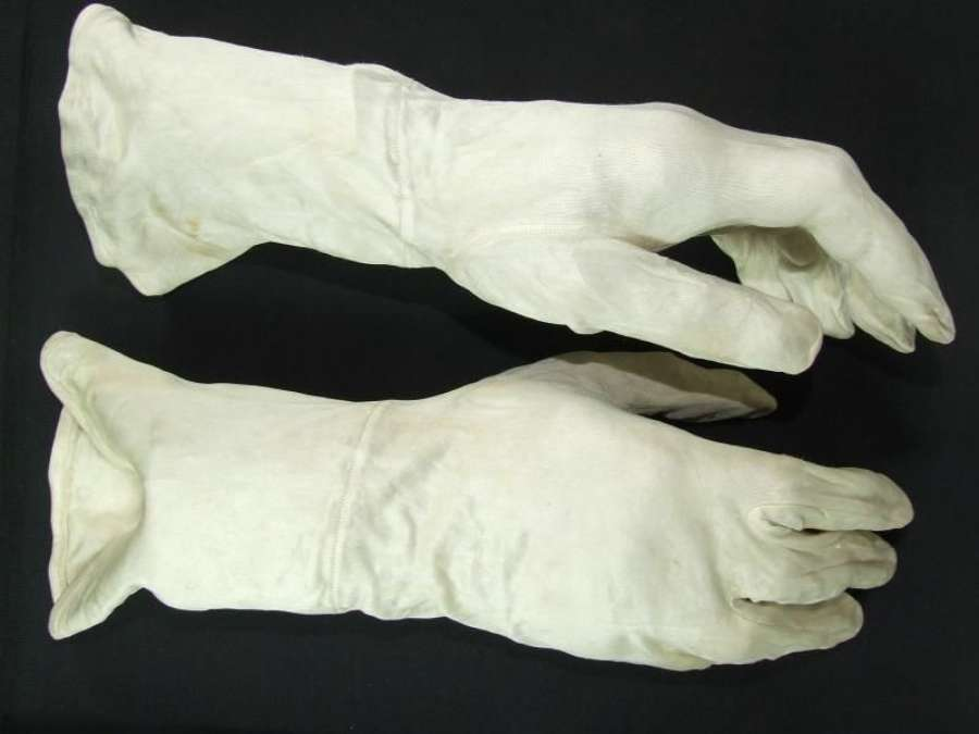 RAF Silk Inner Flying Gloves
