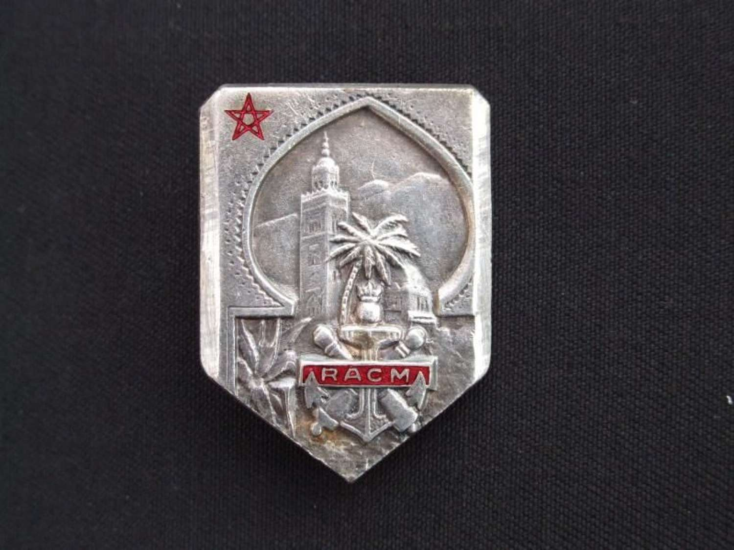 WW11 French Colonial Artillery Regiment of Morocco Badge