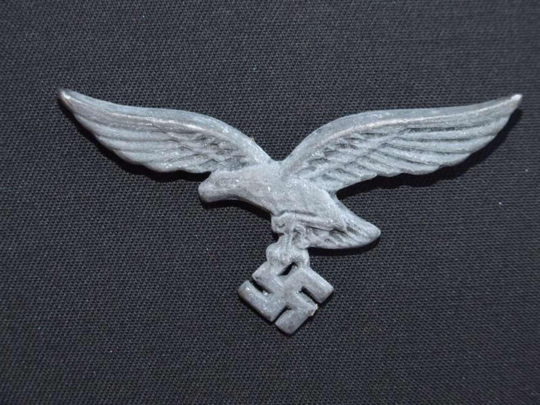 Right Facing Luftwaffe Tropenhelm Eagle