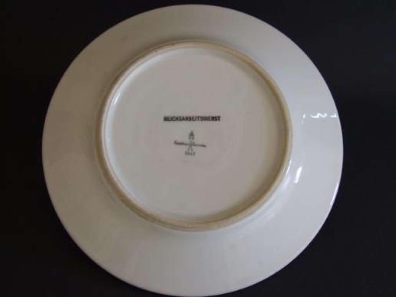 RAD Mess Hall Dining Plate