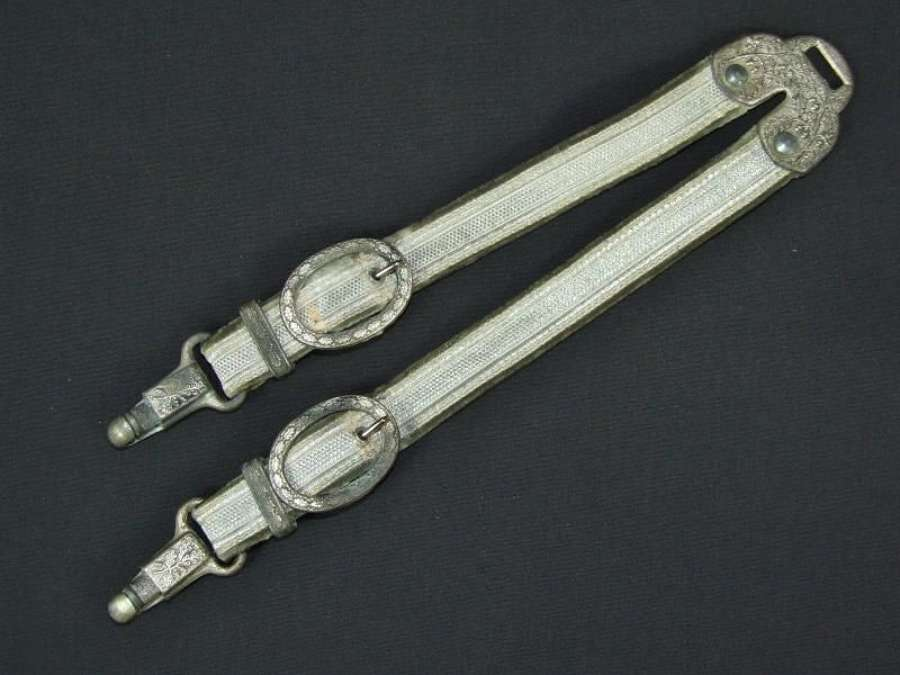 Army Officers Deluxe Dagger Hangers