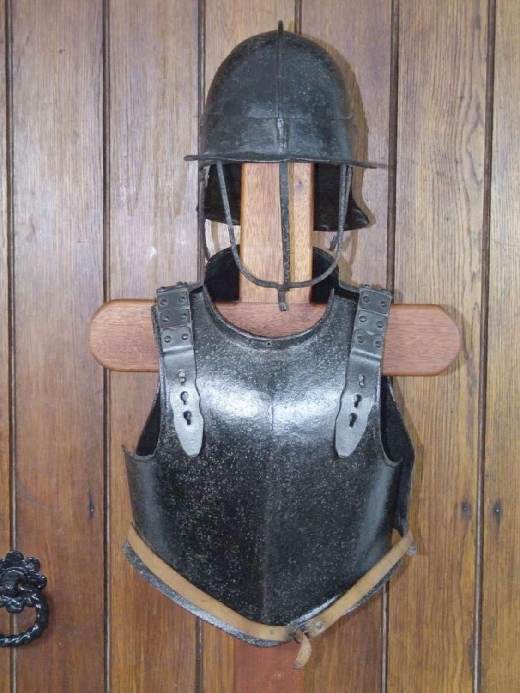 A fine set of Harquebus English Civil War Armour