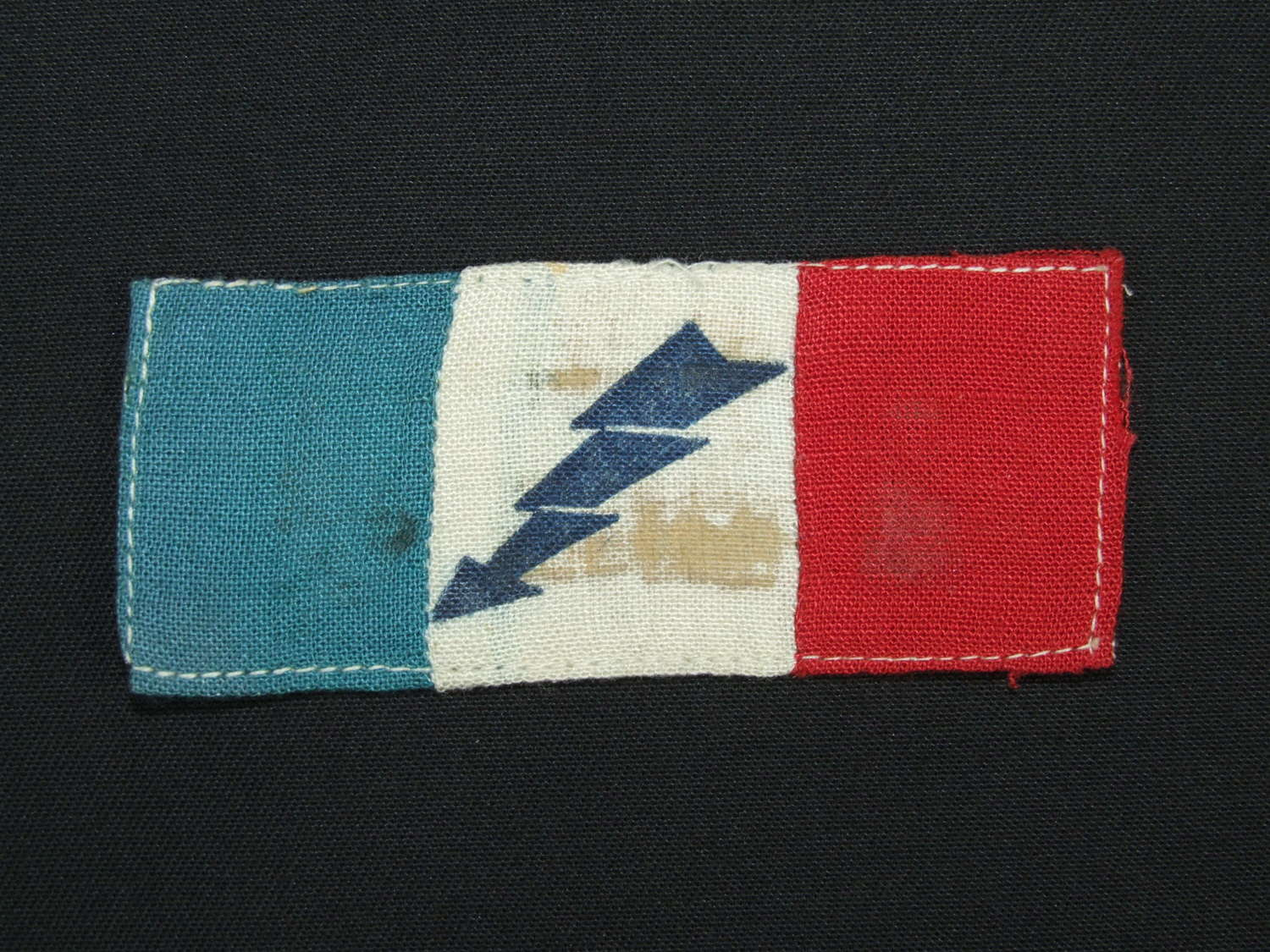 Italian Co-Belligerent Forces with Allies Arm Badge - Folgore