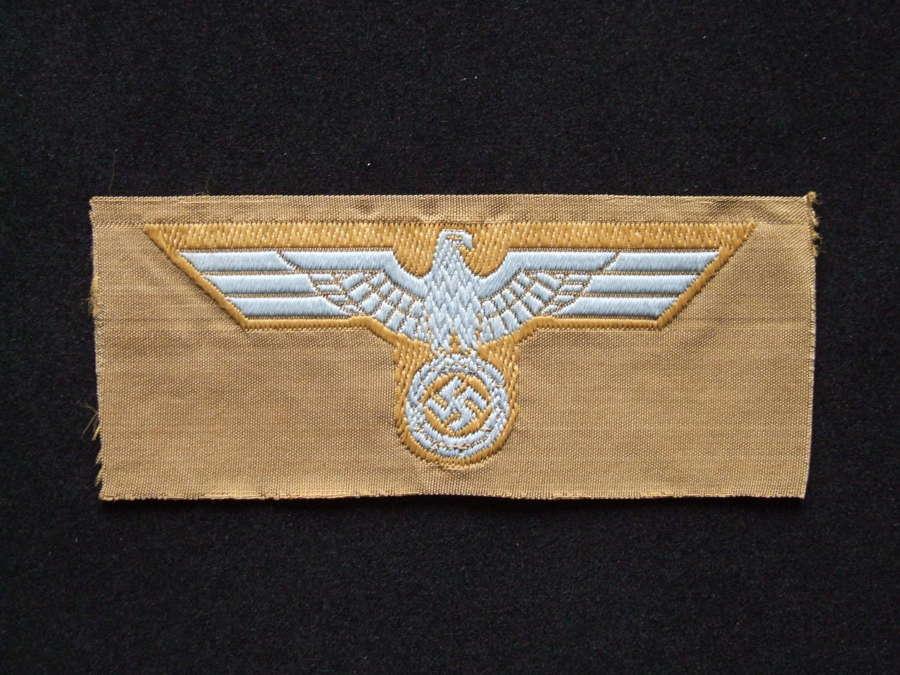 Tropical Heer Cap Eagle
