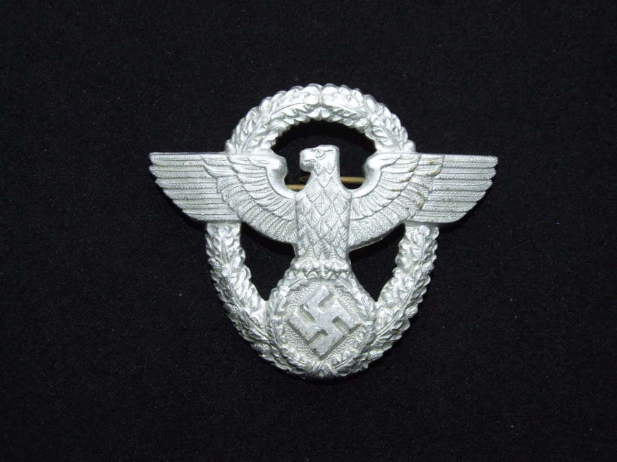 Second Patter Police Cap Badge
