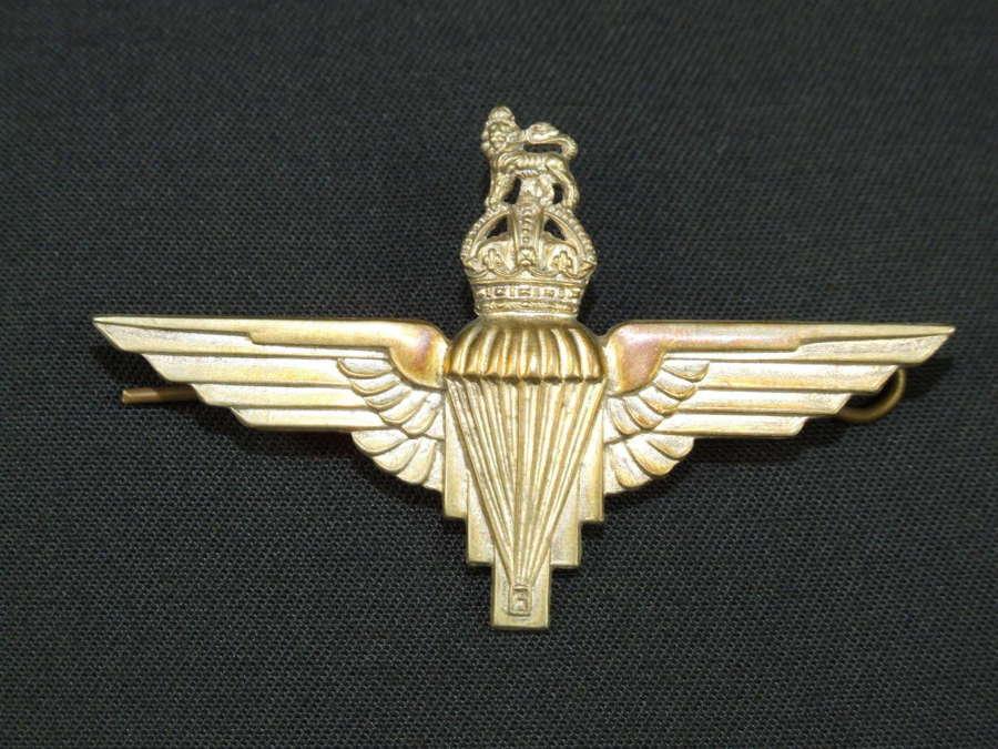 British Airborne Officers Voided Beret Badge